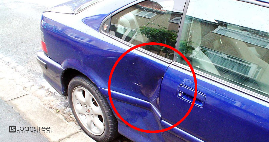 Someone Hit Your Car in a Parking Lot? Here's How to Claim Insurance